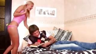 Watch on yellowish hair chick that is taking pleasure of watching of hot guy