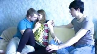 Teen guy is watching on she is penetrated in mouth with his tongue